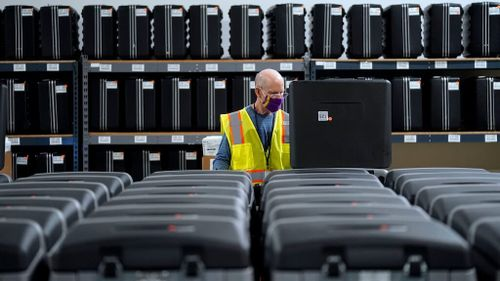 US Court Upholds Extension of North Carolina Mail-In Voting Deadline