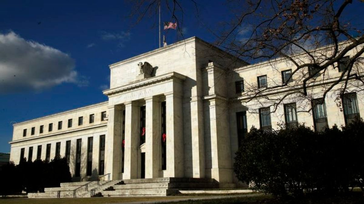 Some Experts Wary of Political Bent of Trump's Two Choices for Central Bank