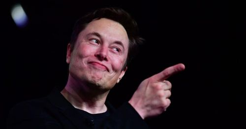Musk humanizes outsize persona with self-deprecating SNL turn, as cast rebellion narrative fades