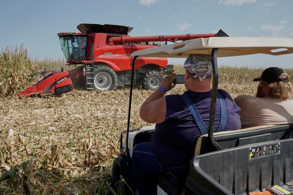 Amid Trade War, US Farmers Put Off Equipment Purchases