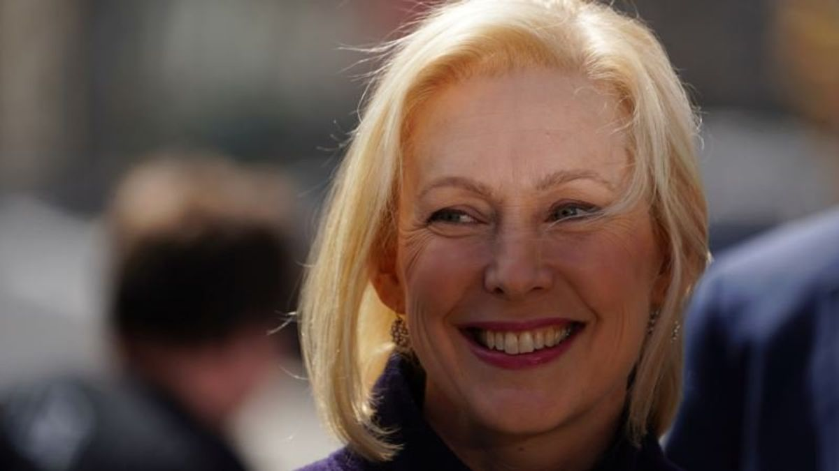 Gillibrand Lands Her 1st New Hampshire Endorsement for 2020
