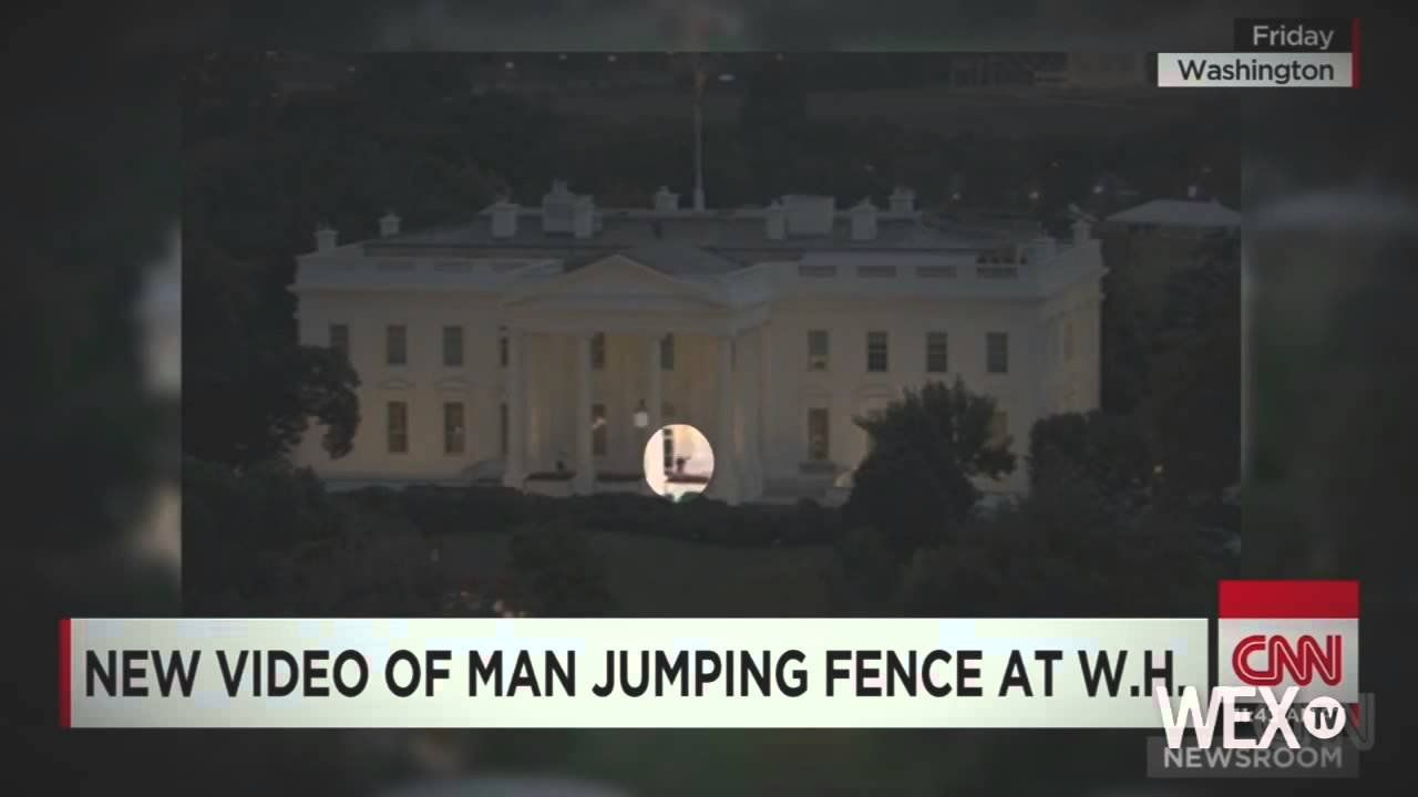 White House intruder previously charged with weapons possession
