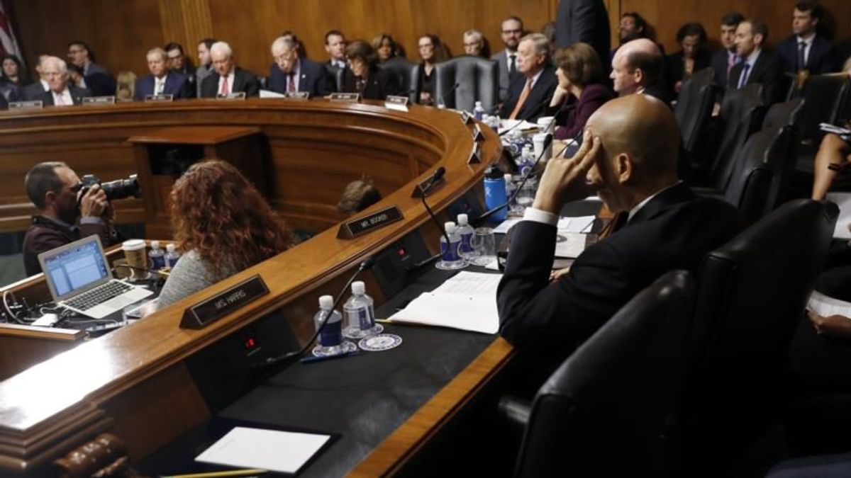 Handful of Senators to Decide Kavanaugh's Supreme Court Bid
