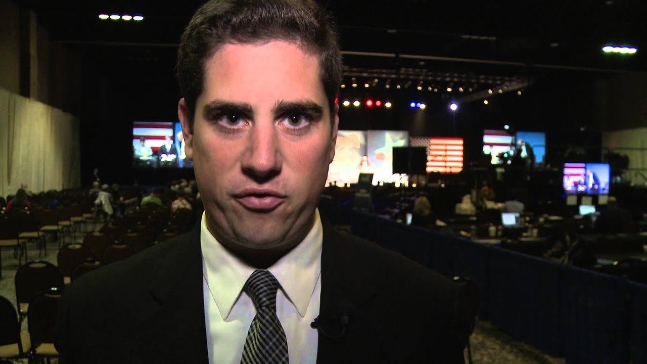 Rick Santorum, Rick Perry take different approaches at CPAC St. Louis