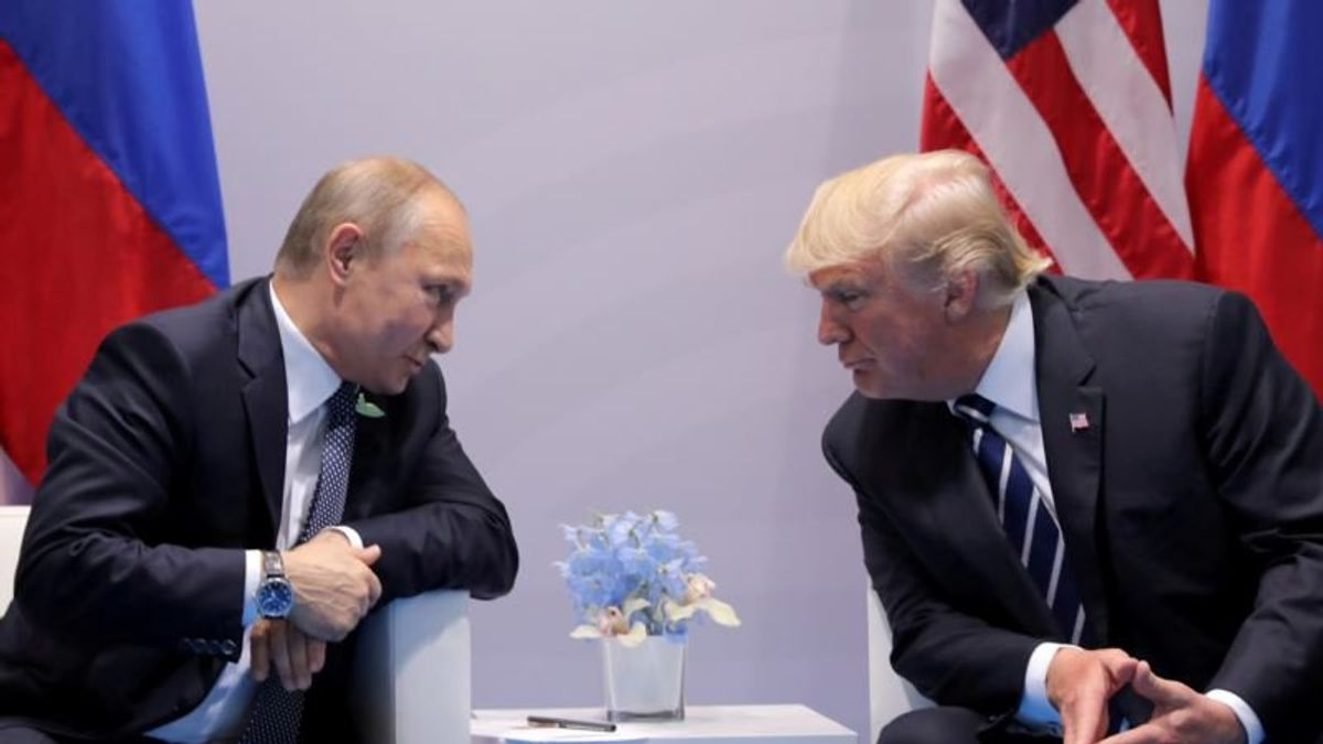 Trump Says He'll 'Firmly' Ask Putin About Russia's Interference in US Presidential Election