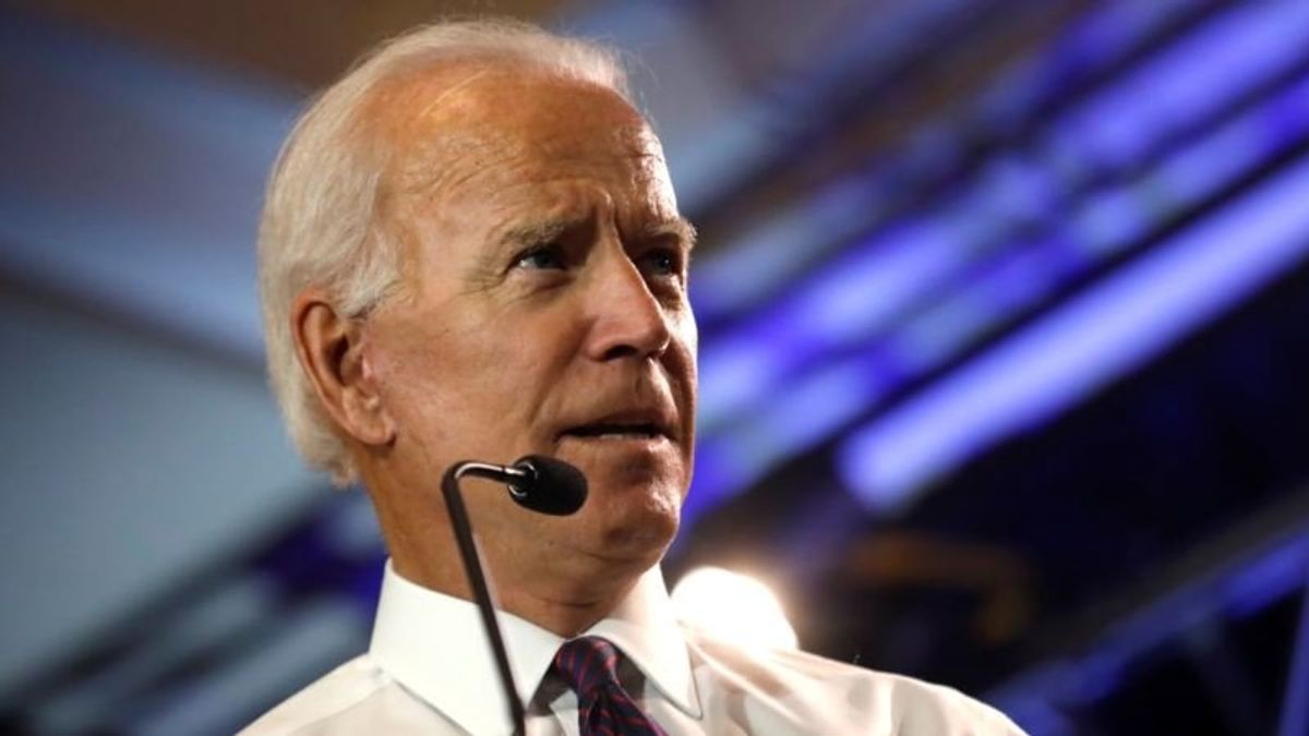 Biden Stays Visible in South Carolina, Backs More Candidates