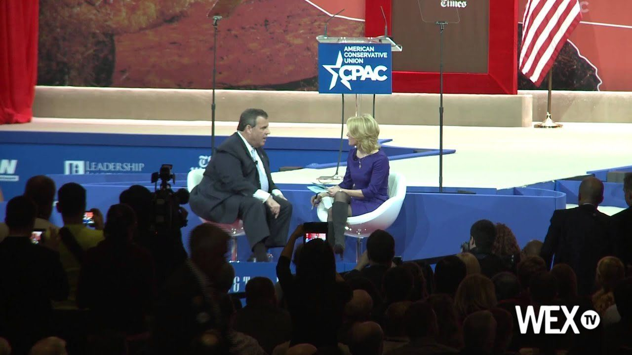 Chris Christie skirts question on immigration