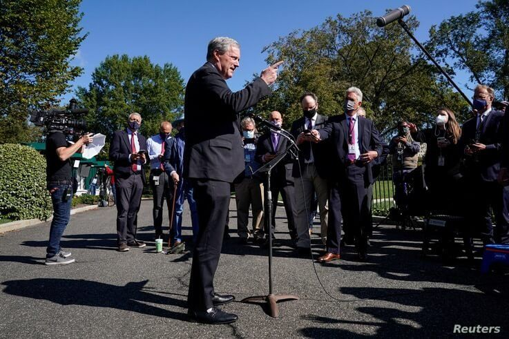 White House Chief of Staff Mark Meadows speaks to the media, Oct. 2, 2020.