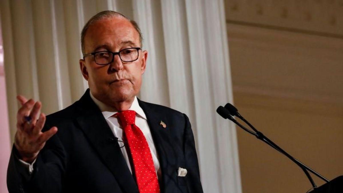 Trump Adviser Eyes Entitlement Cuts to Plug US Budget Gaps