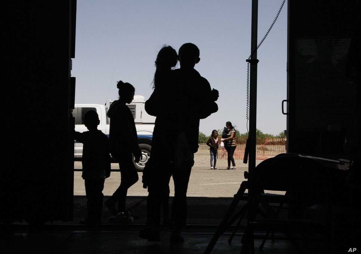 US House Passes Emergency Funding Bill for Migrant Care Crisis