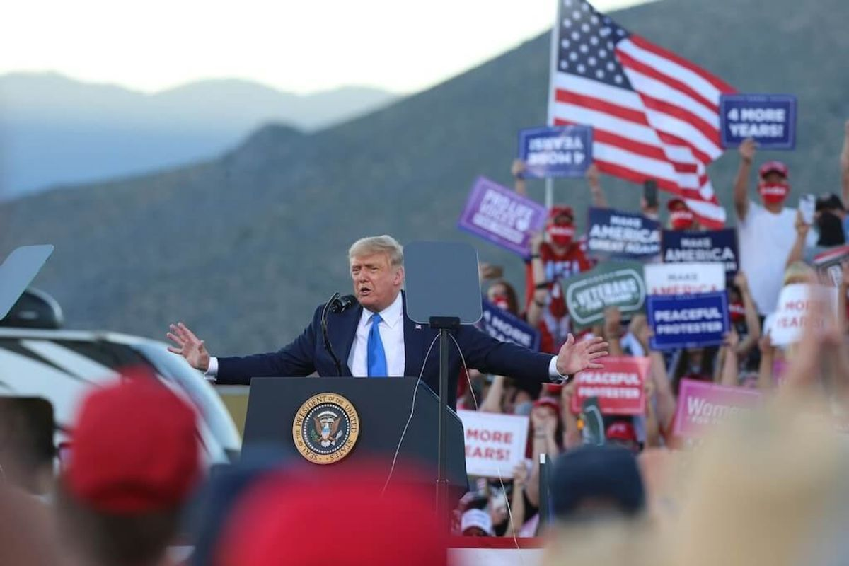 Trump Goes After Fauci, Tries to Buck Up His Campaign Team