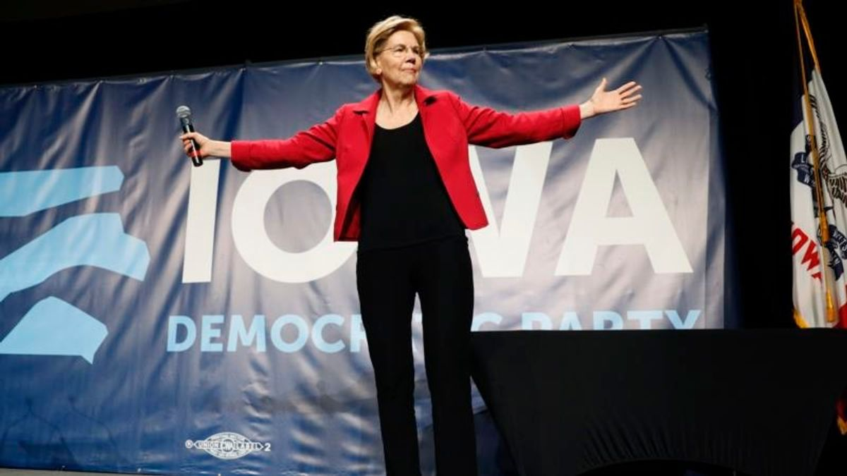 Warren Challenges Sanders' For Progressives' Support