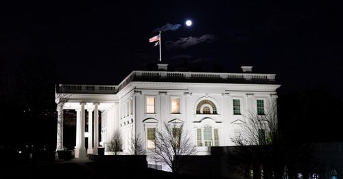 Two people arrested over weekend near White House after admitting to having weapons