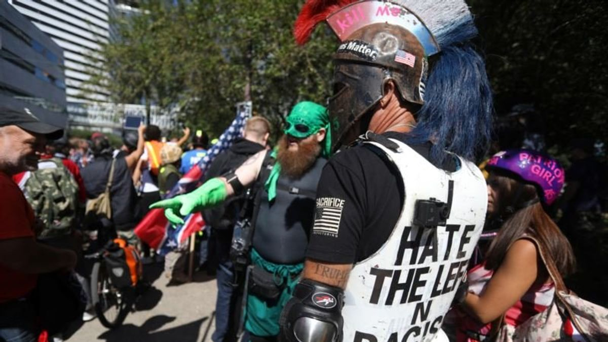 Police Presence Heavy at Right-wing Rally in Portland