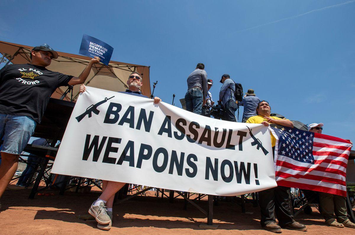 US Mass Shootings Renew Fight Over Gun Legislation