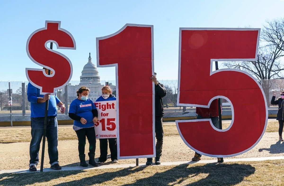 US Senate Referee Says Democrats Can't Include $15 Wage in COVID-19 Bill
