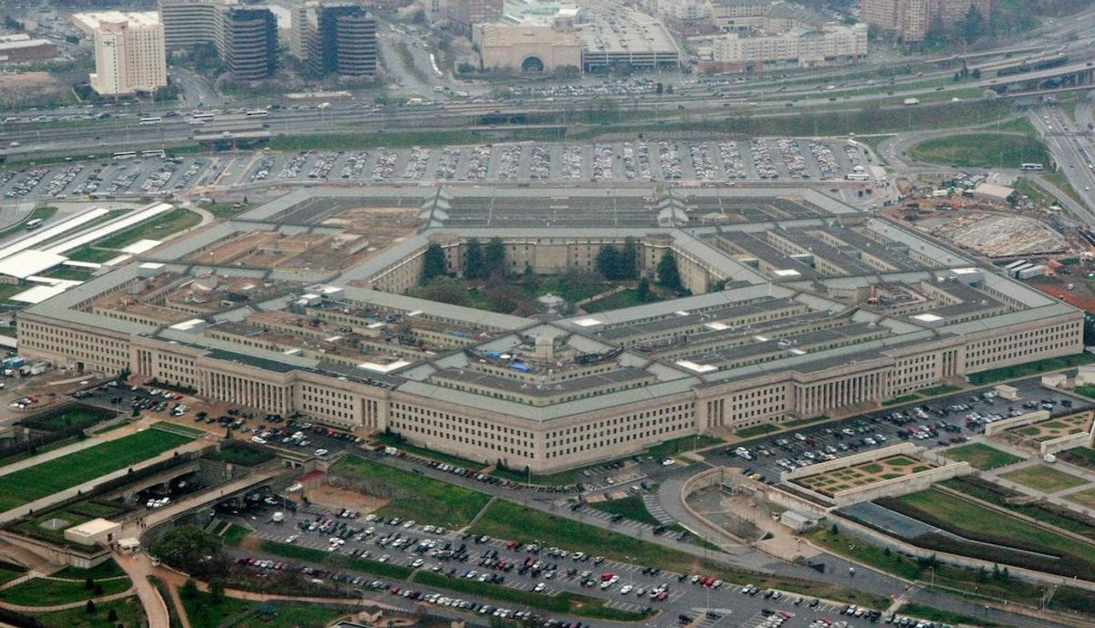Pentagon Internet Mystery Now Partially Solved