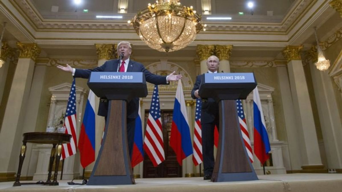 US Political Figures Shocked at Trump's Russia Election Meddling Comments