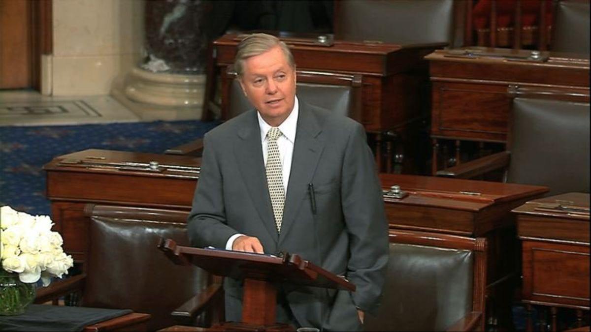 Tearful Lindsey Graham Mourns McCain in Senate Eulogy