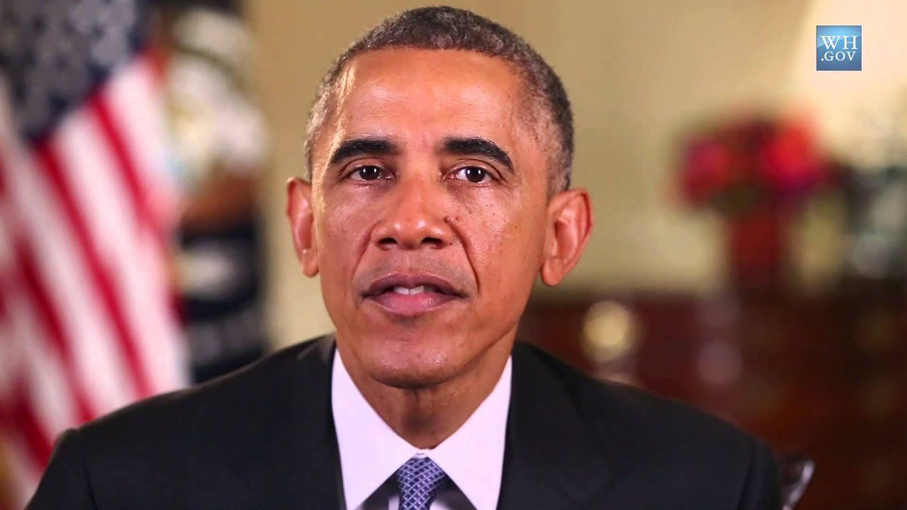 Obama focuses on women's issues in final midterm push