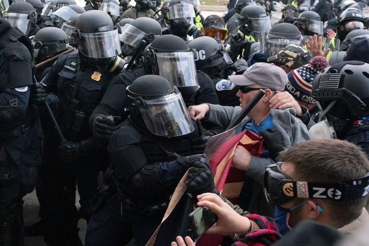 Researchers: More Than a Dozen Extremist Groups Took Part in Capitol Riots