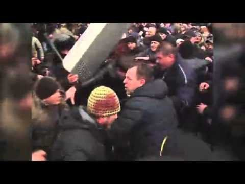 Raw: Pro-Russian demonstrations in Ukraine