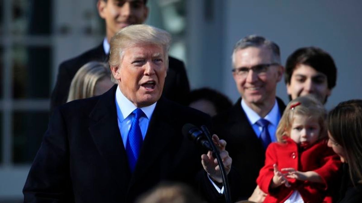Trump Thrusts Abortion Fight into Crucial Midterm Elections