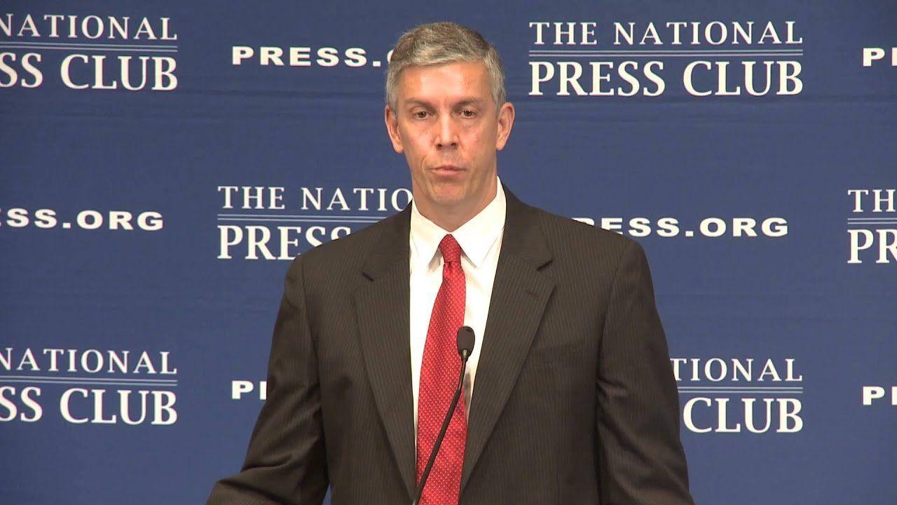 Secretary of Education Arne Duncan slams quarreling Congress