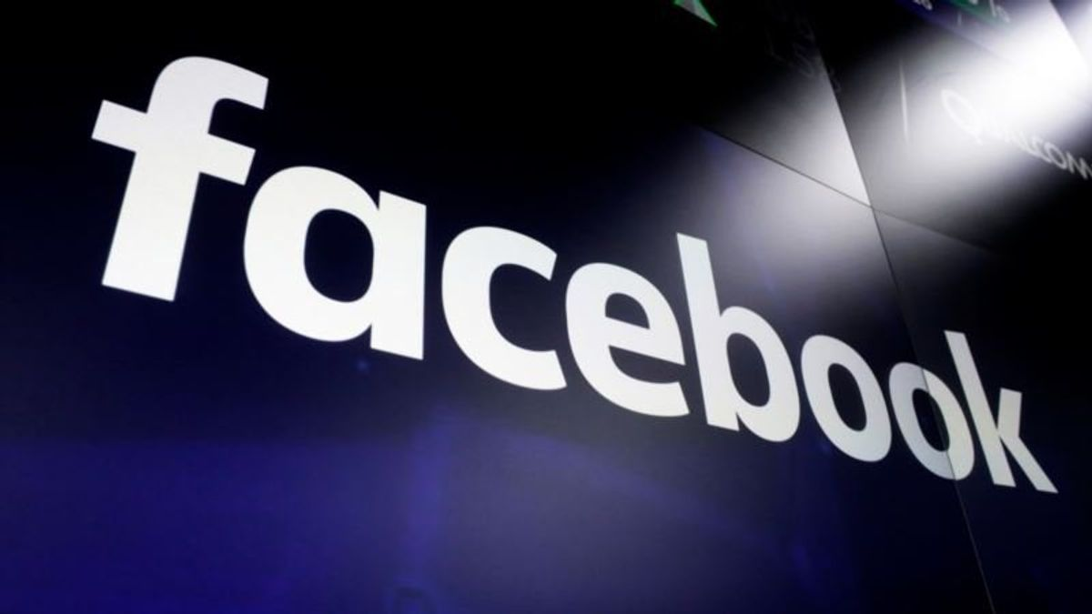 Facebook to Drop On-site Support for Political Campaigns