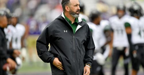 Washington State football coach Rolovich fired for failing to get vaccinated to file lawsuit