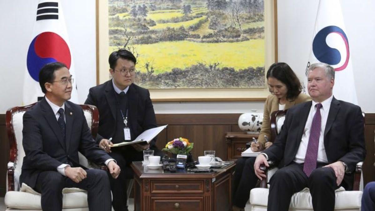 US N. Korea Envoy to Visit S. Korea Amid Uncertainty Over Talks