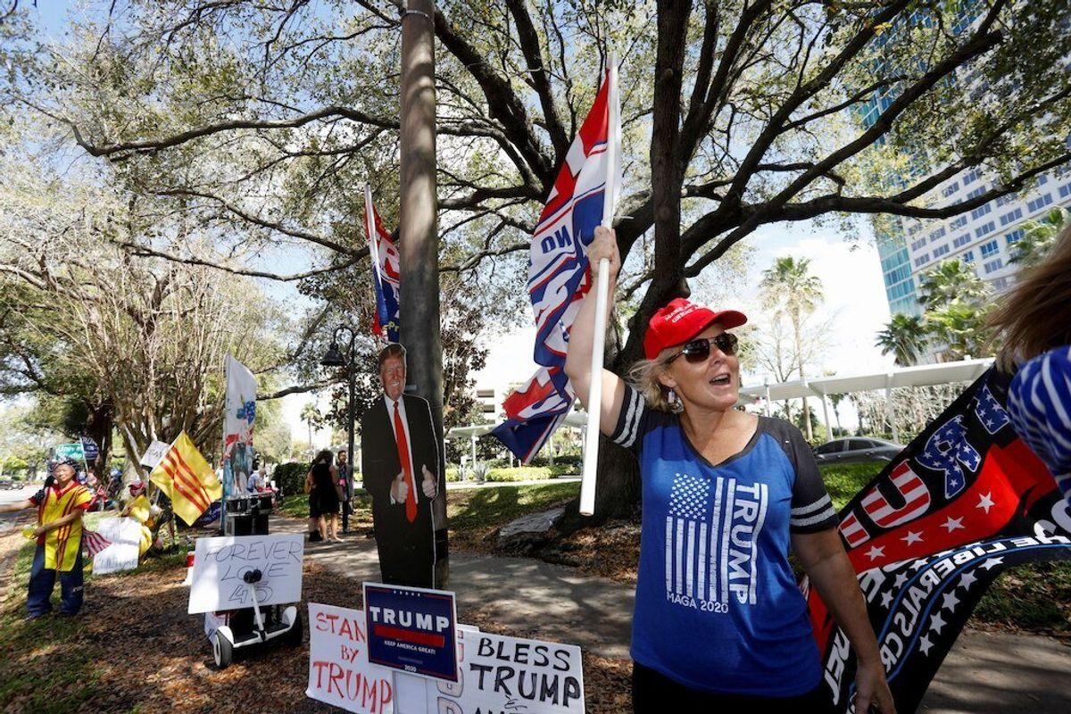 Trump Rejoins US Political Fray at Conservative Conclave