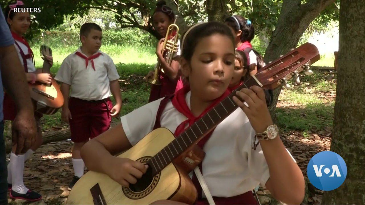 Recycled Wood Sings Traditional Cuban Tune