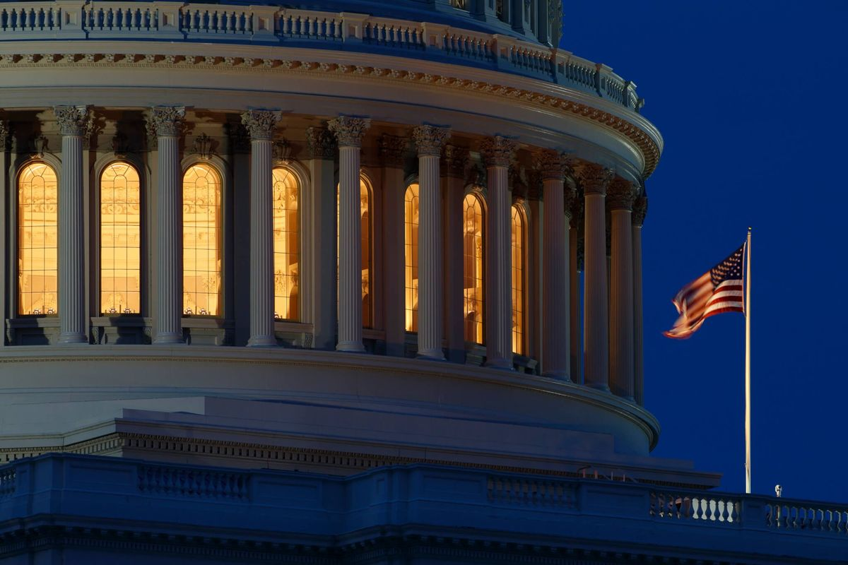 Bipartisan Shrug as US Budget Deficit Nears $1 Trillion