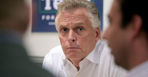 With new ad, McAuliffe tries to halt slide in Virginia after dismissing parents' choice in school