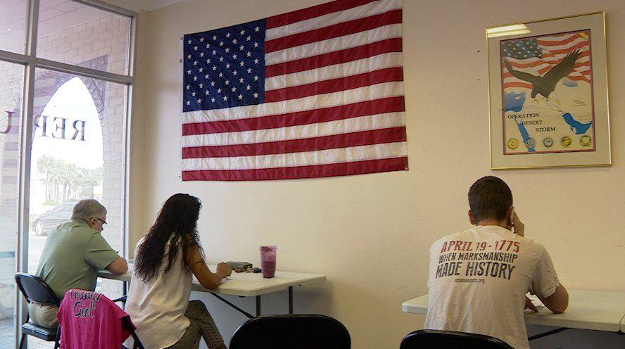 Volunteers making calls for the Trump-Pence 2020 Campaign, in Seminole County, a suburb of Orlando, FL. (VOA video grab)