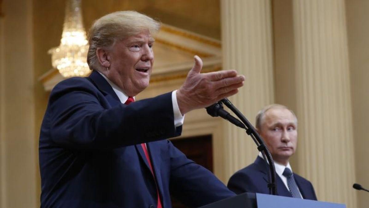 Ex-IntelOfficials Worry Trump Still Doing Russia's Dirty Work