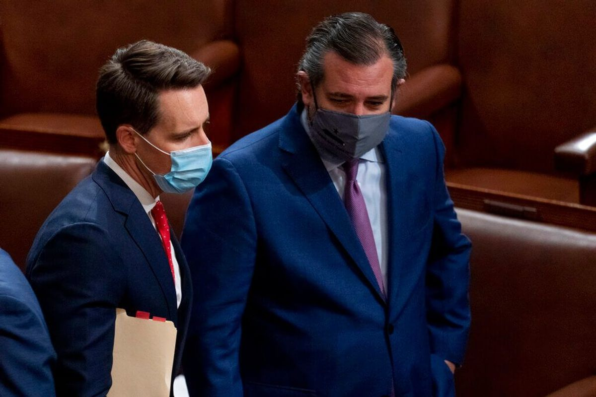 7 Senate Democrats Ask Ethics Panel to Investigate Cruz, Hawley