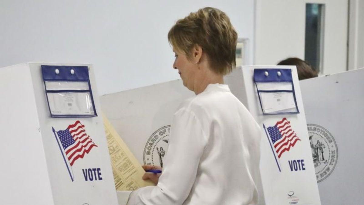 The Latest: Cuomo, Nixon Vote in NY Primary Election