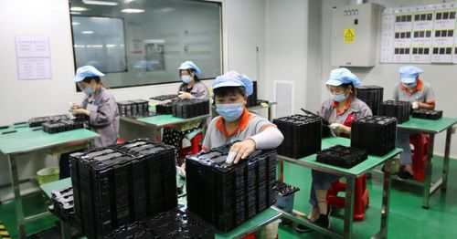 China's third quarter GPD grows less than projected, with fossil fuel shortage slowing industry