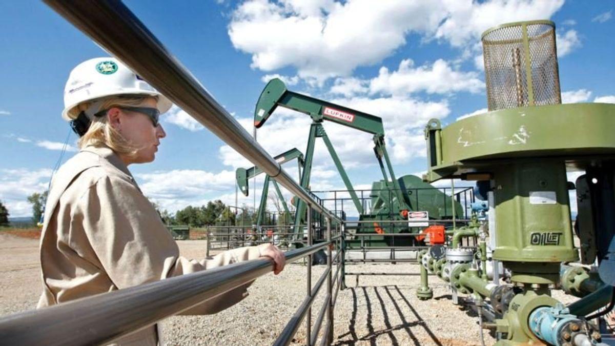 EPA Moves Closer to Rolling Back Obama-Era Rules on Methane