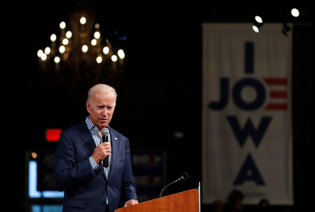 Trump, Biden Hold Dueling Rallies in Iowa