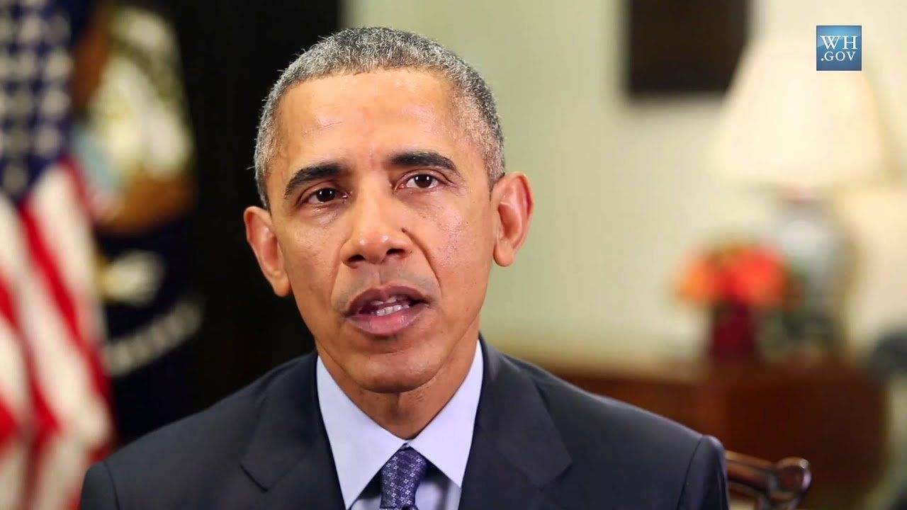 Obama: Sign petition to lower college costs