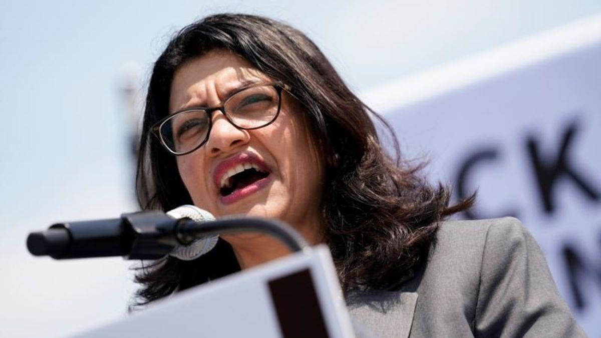 US Democratic Leaders Back Muslim Lawmaker After Holocaust Comments