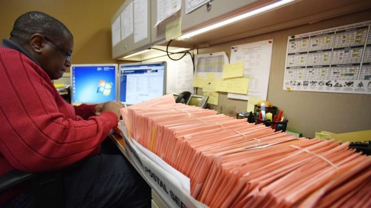 Vote Counting Continues in Close US Elections