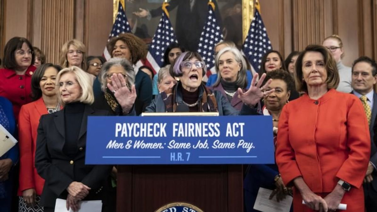 Again, Bill to Ensure Equal Pay for Women Introduced in Congress