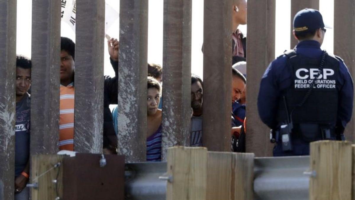 White House Presses Border Wall as Shutdown Looms