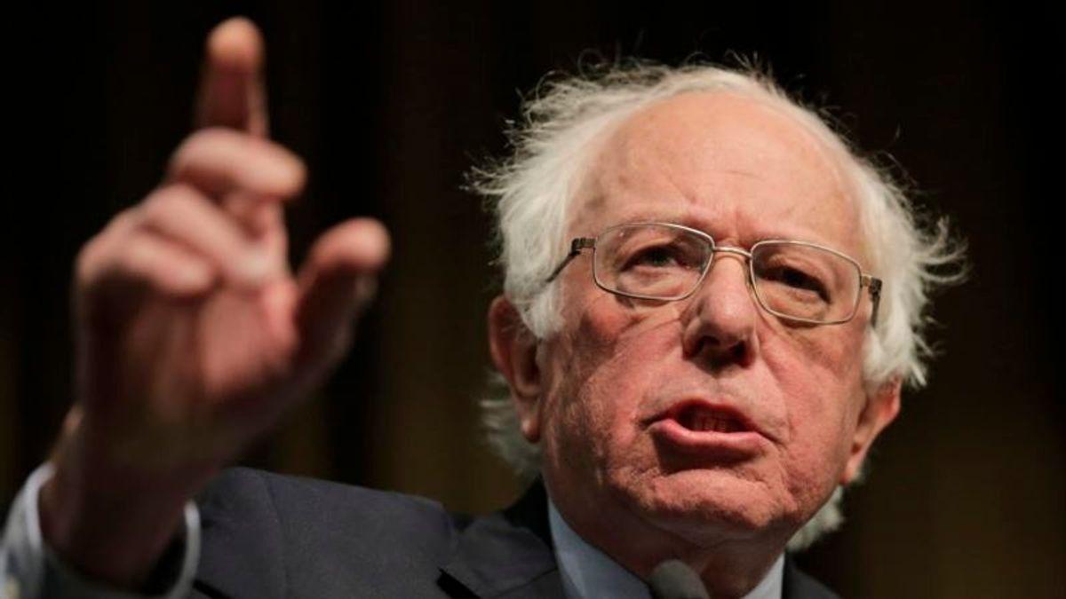 Sanders Unveils plan to Overhaul Public Education