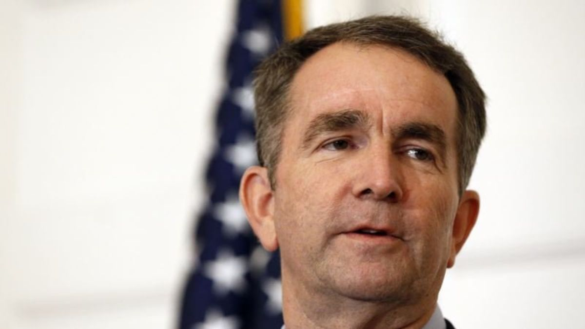 Official: Virginia Governor Says He Won't Resign Over Photo