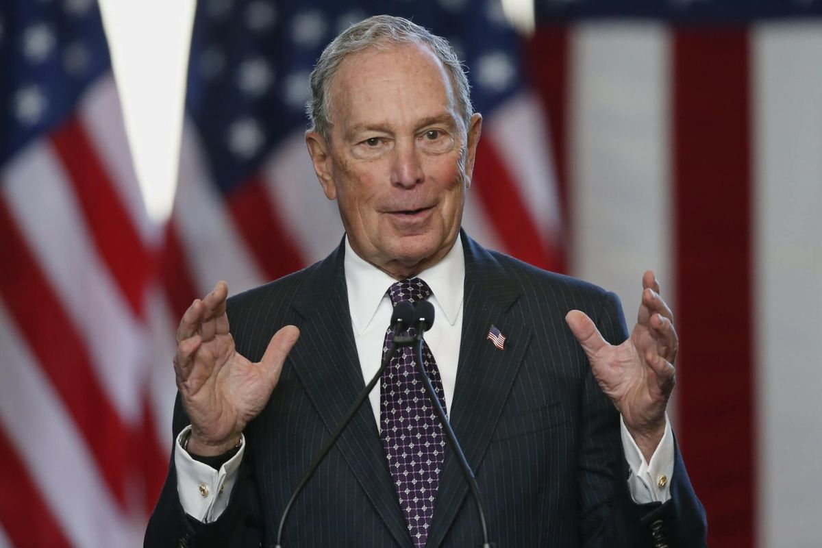 Taking Notice of Bloomberg Challenge, Trump Ridicules Him